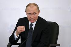 O presidente russo, Vladimir Putin, participa de conferência de empresários, em Moscou. 19/03/2015 REUTERS/Maxim Zmeyev