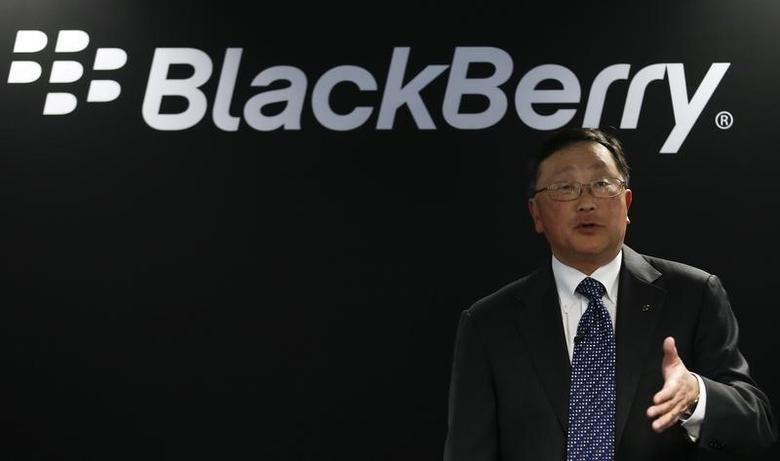 Blackberry's Chief Executive John Chen gestures during a news conference at the Mobile World Congress in Barcelona March 3, 2015. REUTERS/Gustau Nacarino