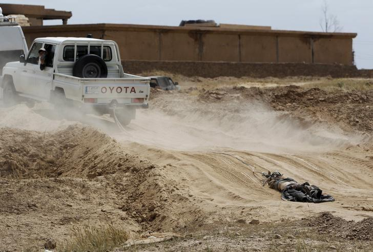 Related Article: After Iraqi forces take Tikrit, a wave of looting and lynching