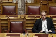 Ministro das Finanças grego, Yanis Varoufakis, durante sessão no parlamento grego, em Atenas.  02/04/2015  REUTERS/Alkis Konstantinidis