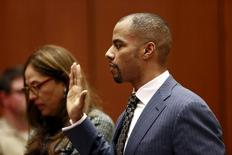 Former National Football League star Darren Sharper appears at the Clara Shortridge Foltz Criminal Justice Center in Los Angeles, California March 23, 2015.REUTERS/Nick Ut/Pool
