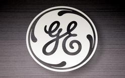 General Electric a conclu la vente de la quasi-totalité de son portefeuille d'actifs immobiliers à des investisseurs tels que Blackstone Group et Wells Fargo & Co pour un montant de 26,5 milliards de dollars (25 milliards d'euros). /Photo d'archives/REUTERS/Jim Young