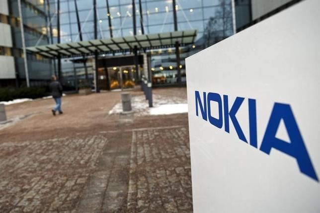 The Nokia company logo is pictured at its headquarters in Espoo January 29, 2015. REUTERS/Roni Rekomaa/Lehtikuva