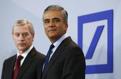 Anshu Jain (R) and Juergen Fitschen, co-CEOs of Deutsche Bank, arrive for a news conference in Frankfurt, Germany, April 27, 2015. REUTERS/Kai Pfaffenbach
