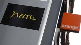 The logos of Jazztel and Orange are pictured in Madrid, September 16, 2014.   REUTERS/Andrea Comas