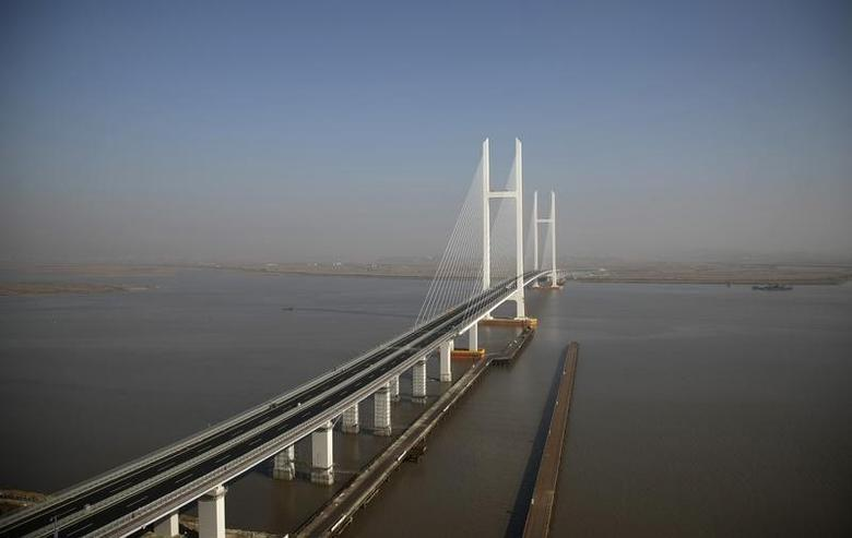 A general view of the new Friendship Bridge over the Yalu River, connecting China's Dandong and North Korea's Sinuiju, November 9, 2014. REUTERS/Jacky Chen