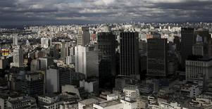 Vista aérea de prédios na cidade de São Paulo.   06/04/2015   REUTERS/Nacho Doce