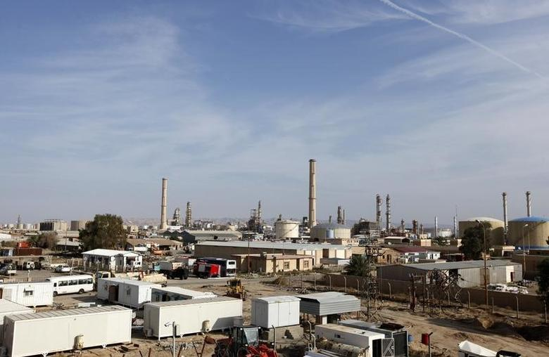 A view of Baiji oil refinery, north of Baghdad, in this file photo taken on December 8, 2014. REUTERS/Ahmed Saad