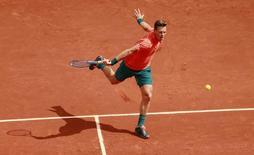 Tomas Berdych em partida em Roland Garros. 25/05/2015 Action Images via Reuters/Jason Cairnduff