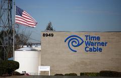 Una oficina de Time Warner Cable, en San Diego, California, 11 de diciembre de 2013. Charter Communications Inc está cerca de alcanzar un acuerdo por 55.000 millones de dólares para adquirir Time Warner Cable Inc, una operación que combinaría a dos de los tres operadores de cable más grandes de Estados Unidos, dijo el lunes una persona familiarizada con el tema. REUTERS/Mike Blake