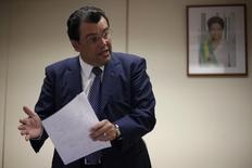 Ministro de Minas e Energia, Eduardo Braga, durante entrevista à Reuters em Brasília.   21/01/2015    REUTERS/Ueslei Marcelino