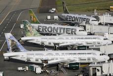 Le constructeur aéronautique européen Airbus a annoncé mardi une commande de 12 appareils de la famille A320 de la part de la compagnie américaine Frontier Airlines, basée à Denver, dans le Colorado. /Photo d'archives/REUTERS/Rick Wilking