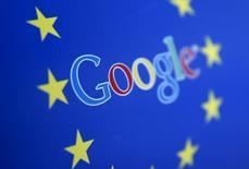 La société américaine Disconnect a saisi la Commission européenne contre Google, qu'elle accuse d'abus de position dominante depuis que le géant d'internet a interdit son application de protection de la vie privée. /Photo prie le 15 avril 2015/REUTERS/Dado Ruvic