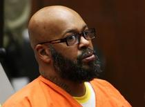 "Former rap mogul Marion ""Suge'' Knight appears in court in Los Angeles April 8, 2015, on charges that he and comedian Micah ""Katt"" Williams stole a photographer's camera in Beverly Hills.  REUTERS/Irfan Khan/Pool"