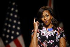 Primeira-dama dos EUA, Michelle Obama, durante evento em escola em Londres.   16/06/2015   REUTERS/Darren Staples