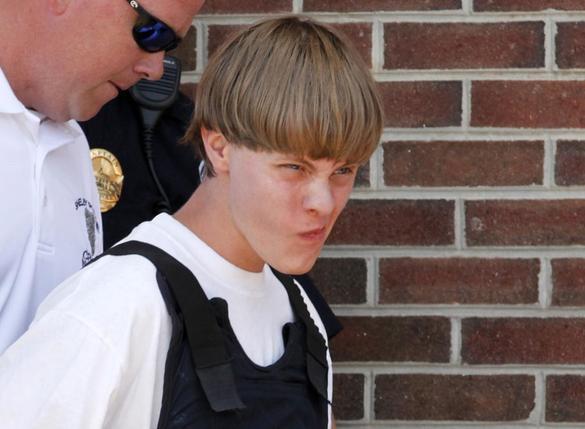 Nine People Killed in Charleston Church Shooting; Massacre Suspect Dylann Storm Roof Arrested ?m=02&d=20150618&t=2&i=1057319795&w=&fh=&fw=&ll=644&pl=429&r=LYNXMPEB5H1BH