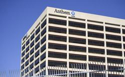 Le groupe américain d'assurance santé Anthem a offert 47 milliards de dollars en numéraire et en actions pour racheter son concurrent Cigna. /Photo d'archives/REUTERS/Gus Ruelas