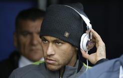 Neymar, suspenso, em partida do Brasil contra a Venezuela. 21/06/2015  REUTERS/Jorge Adorno