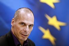 Le ministre grec des Finances, Yanis Varoufakis, a déclaré à un journal allemand s'attendre à parvenir à un accord avec les créanciers de son pays lundi, quel que soit le résultat du référendum de dimanche.  /Photo d'archives/REUTERS/Alkis Konstantinidis