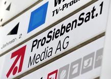 Le télédiffuseur ProSiebenSat.1 et l'éditeur Axel Springer discutent depuis peu d'une fusion, a-t-on appris d'une source proche du dossier, confirmant une information du Wall Street Journal. /Photo d'archives/REUTERS/Michaela Rehle