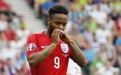 Raheem Sterling, da seleção da Inglaterra, durante partida contra a Eslovênia pelas eliminatórias para a Eurocopa em Ljubljana. 14/06/2015 REUTERS/Action Images/John Sibley