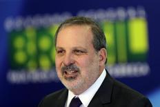 Ministro do Desenvolvimento, Indústria e Comércio Exterior, Armando Monteiro Neto. 01/12/2014. REUTERS/Ueslei Marcelino