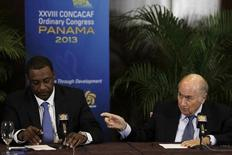 """FIFA President Joseph """"Sepp"""" Blatter (R) gestures next to CONCACAF President Jeffrey Webb during a news conference at the CONCACAF congress in Panama City April 19, 2013. REUTERS/Carlos Jasso"""