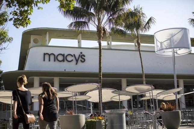 An exterior of a Macy's department store in Pasadena, California May 12, 2015.  REUTERS/Mario Anzuoni