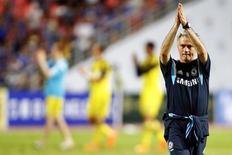 Técnico do Chelsea, José Mourinho, durante amistoso na Tailândia.  30/05/2015   REUTERS/Damir Sagolj