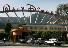 The main gate of entertainment giant Walt Disney Co. is pictured in Burbank, California May 5, 2009. REUTERS/Fred Prouser