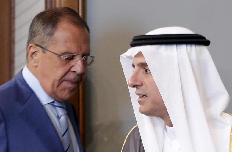 Russian Foreign Minister Sergei Lavrov (L) and Saudi Foreign Minister Adel al-Jubeir attend a news conference after a meeting in Moscow, Russia, August 11, 2015. REUTERS/Maxim Shemetov