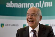 Gerrit Zalm, directeur général d'ABN Amro. La banque néerlandaise nationalisée pendant la crise et que l'Etat prépare à une privatisation a fait état vendredi d'une forte hausse de son bénéfice courant au deuxième trimestre, grâce à la bonne santé de l'économie des Pays-Bas et à la diminution des provisions pour créances douteuses.. /Photo d'archives/REUTERS/Jerry Lampen