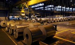 Fábrica de alumínio no Estado de São Paulo.  24/06/2015    REUTERS/Paulo Whitaker
