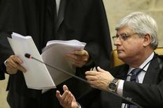 Procurador-geral da República, Rodrigo Janot, durante sessão no Supremo Tribunal Federal, em Brasília.  11/03/2015  REUTERS/Ueslei Marcelino