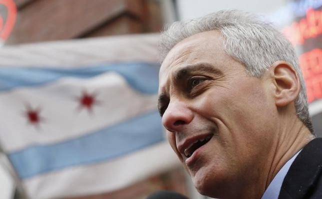 School protests hijack Chicago mayor's budget forum – Reuters