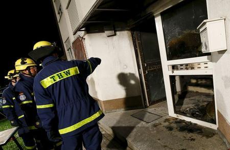 الشرطة:اصابة خمسة في حريق بمبنى يأوي لاجئين في غرب ألمانيا