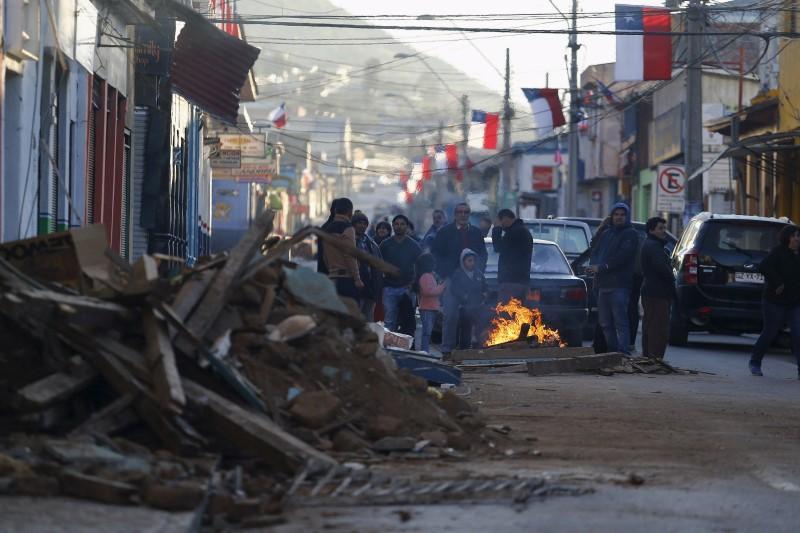 Terremoto y tsunami en Chile dejan al menos 11 muertos