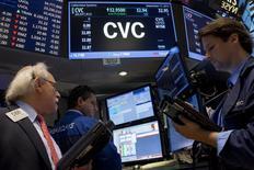 Patrick Drahi, dont le groupe, Altice, vient de conclure le rachat de Cablevision, a laissé entendre jeudi que des changements importants étaient à prévoir en matière de gestion du câblo-opérateur américain. /Photo prise le 17 septembre 2015/REUTERS/Brendan McDermid