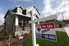 Casas a la venta en el área noroeste de Portland, Oregon, 20 de marzo de 2014. Las ventas de casas usadas en Estados Unidos cayeron en agosto más de lo previsto, una señal de cautela para el mercado de la vivienda, que recientemente mostró signos de fortaleza. REUTERS/Steve Dipaola