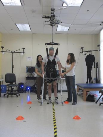 Former graduate student Adam Fritz, 28, who severed his spinal cord in a motorcycle accident, is shown during a brain-computer interface experiment at UC Irvine's iMove Lab in Irvine, California, in this image released on September 23, 2015.  REUTERS/University of California Irvine/Handout via Reuters
