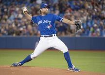 Sep 19, 2015; Toronto, Ontario, CAN; Toronto Blue Jays starting pitcher R.A. Dickey (43) throws a pitch during the first inning in a game against the Boston Red Sox at Rogers Centre. Mandatory Credit: Nick Turchiaro-USA TODAY Sports