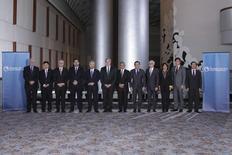 Ministros de Comércio dos 12 países da costa do Pacífico que fecharam um ambicioso acordo comercial 1/10/ 2015. REUTERS/USTR Press Office/Divulgação