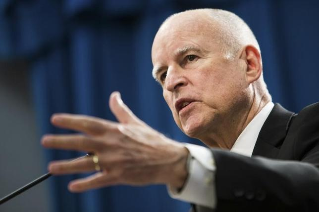 california governor approves bill to help immigrant crime. Black Bedroom Furniture Sets. Home Design Ideas