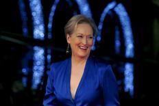 """La actriz Meryl Streep llega para la gala de la proyección de la película """"Suffragette"""", en la noche inaugural del Festival de Cine del Instituto de Cine Británico, en Londres, 7 de octubre de 2015. Meryl Streep será presidenta por primera vez en sus cuatro décadas como actriz de un jurado en un festival de cine cuando encabece la edición 66 del Festival Internacional de Berlín en febrero, dijeron el miércoles los organizadores.REUTERS/Luke MacGregor"""