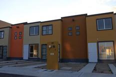 Un proyecto residencial de Homex en Zumpango, México, nov 12, 2013. La constructora mexicana de viviendas Homex, que logró recientemente la reestructuración de su pesada deuda, dijo el jueves que la Bolsa Mexicana de Valores (BMV) resolvió levantar la suspensión que tenía sobre sus acciones desde febrero del año pasado.    REUTERS/Henry Romero