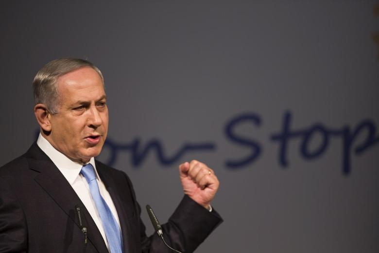 Israel's Prime Minister Benjamin Netanyahu delivers a speech to international Jewish leaders meeting in Jerusalem October 20, 2015.  REUTERS/Amir Cohen