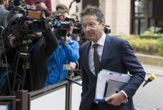 La Grèce et ses bailleurs de fonds de la zone euro sont parvenus à un accord sur de nombreux points du programme de réformes qu'Athènes doit mettre en oeuvre en échange de nouveaux prêts, selon Jeroen Dijsselbloem, le président de l'Eurogroupe. /Photo prise le 9 novembre 2015/REUTERS/Yves Herman