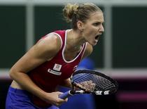 Czech Republic's Karolina Pliskova reacts during their final match of the Fed Cup tennis tournament against Russia's Anastasia Pavlyuchenkova in Prague, Czech Republic, November 15, 2015.   REUTERS/David W Cerny