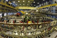 Турбинный зал четвертого реактора АЭС Пакш. 21 марта 2011 года. Регуляторы Евросоюза в четверг начали разбирательство в отношении Венгрии по делу о расширении ее атомной электростанции Пакш при содействии российской госкорпорации Росатом. REUTERS/Laszlo Balogh