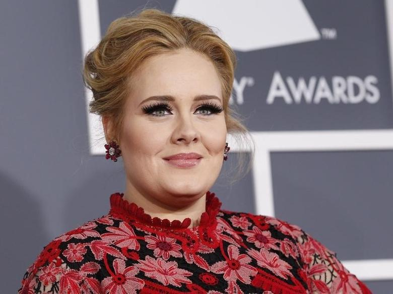 Singer Adele arrives at the 55th annual Grammy Awards in Los Angeles, California February 10, 2013.   REUTERS/Mario Anzuoni